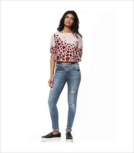 PANKAJ & NIDHI FOR KOOVS Gem Border Print Boxy Top_Hauterfly