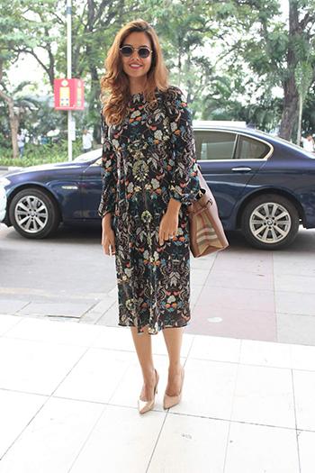 Esha Gupta Celebrity Style_Hauterfly