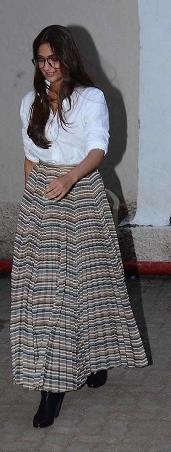 Sonam Kapoor 1 WeekInStyle17_Hauterfly