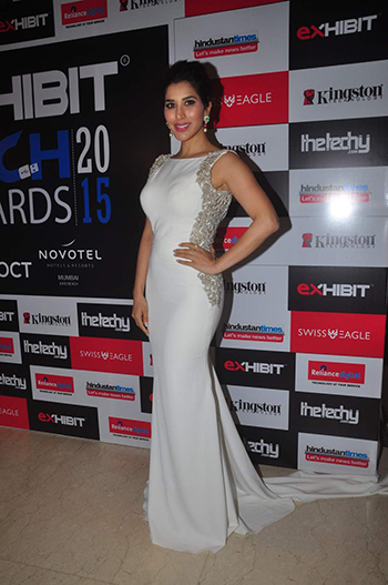 Sophie Choudhry Celebrity Style_Hauterfly