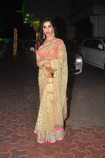 Sophie_Choudry_Hauterfly