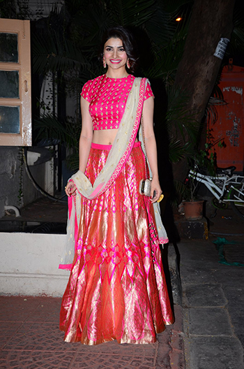 Prachi Desai 2_Week In Style Nov 14 Hauterfly