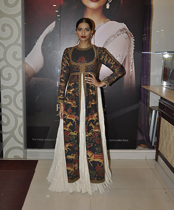 Sonam Kapoor_Hauterfly Week In Style Nov 14