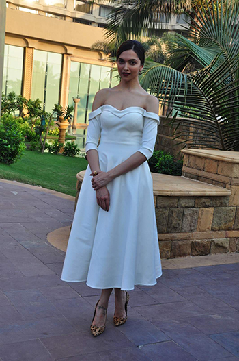 Deepika Padukone 4 Week In STyle Dec 12_Hauterfly