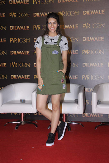 Kriti-Sanon_Bak To School-Hauterfly