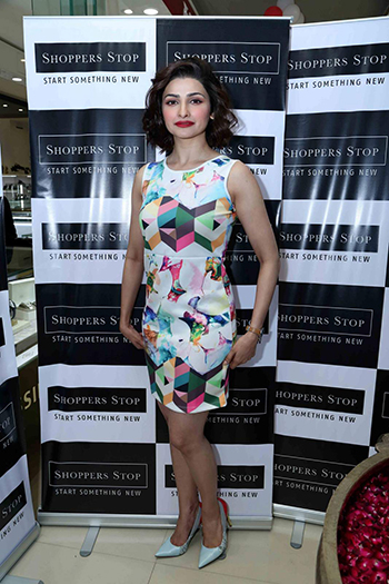 Prachi Desai Week In Style Dec 19_Hauterfly