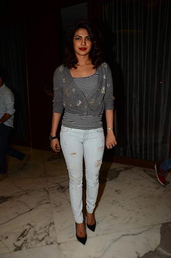 Priyanka Chopra 1_Week In Style Dec 26_Hauterfly