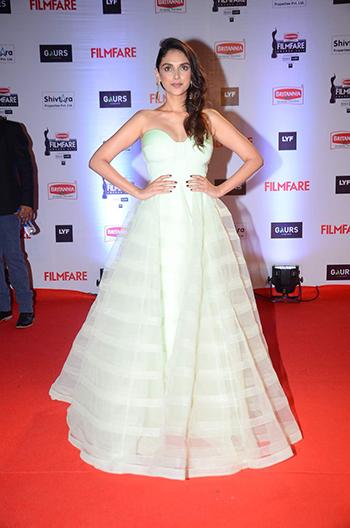 Aditi Rao Hydari Britannia Filmfare Awards 2016_Hauterfly