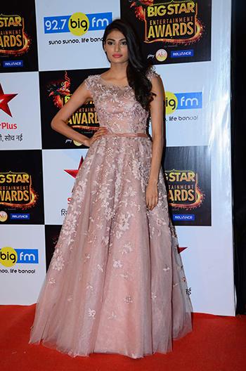Athiya-Shetty-2016 Style Star_Hauterfly