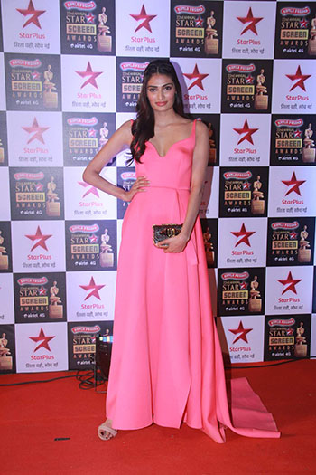 Athiya_Shetty_Star_Screen_Awards_Hauterfly