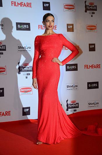 Deepika Padukone Britannia Filmfare Awards 2016_Hauterfly