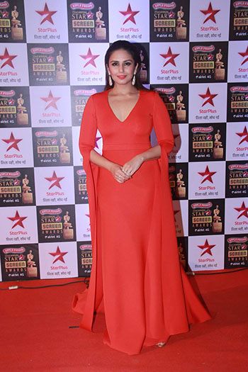Huma_Qureshi_Star_Screen_Awards_Hauterfly