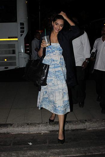 Sonam Kapoor_Week In Style Jan 2 Hauterfly
