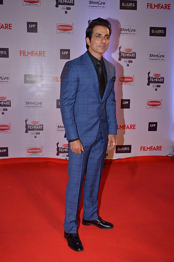 Sonu Sood Britannia Filmfare Awards_Hauterfly