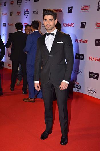 Sooraj Pancholi Britannia Filmfare Awards_Hauterfly