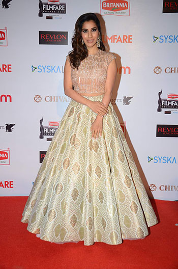 Sophie_Choudry_Filmfare_Pre_Party_Hauterfly