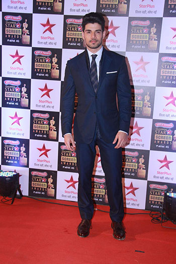 Suraj_Pancholi_Star_Screen_Awards_Hauterfly
