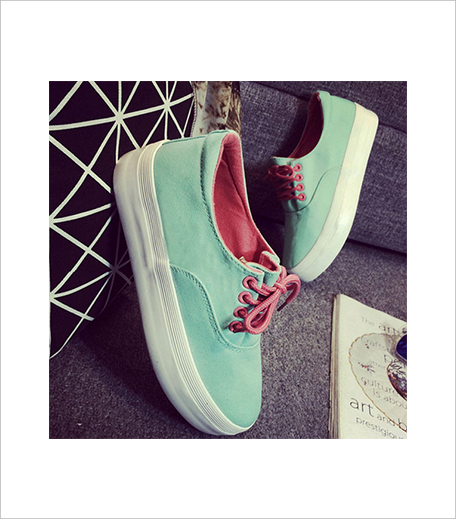 The Style Syndrome TRENDY LIGHT GREEN SOLID CANVAS SNEAKERS_Hauterfly
