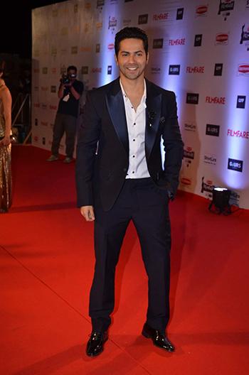 Varun Dhawan Britannia Filmfare Awards_Hauterfly
