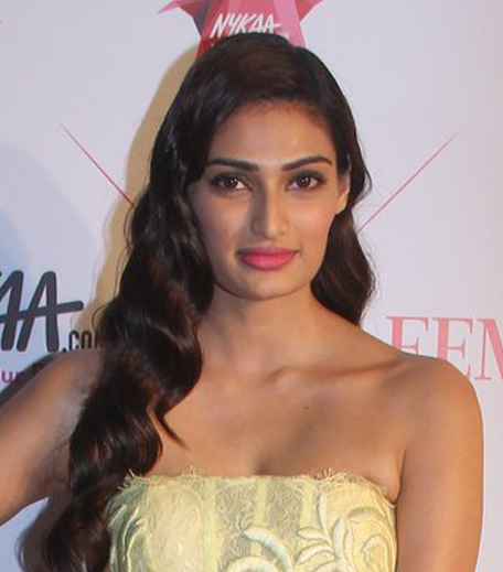 Athiya Shetty Nykaa Femina Beauty Awards 2016_Hauterfly