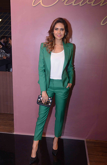 Esha Gupta in Power Suit_Hauterfly