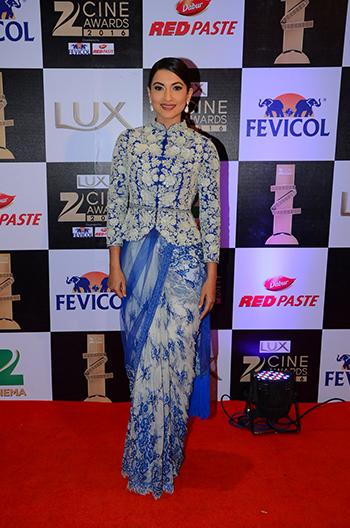 Gauhar_Khan_Zee_Cine_Awards_Hauterfly