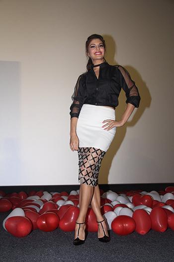 Jacqueline Fernandez_WIS Feb 20_Hauterfly