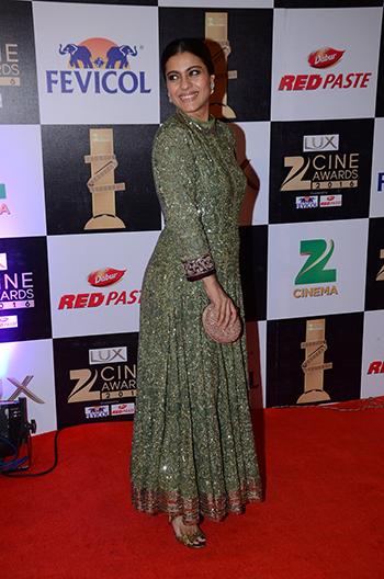 Kajol_Zee_Cine_Awards_Hauterfly