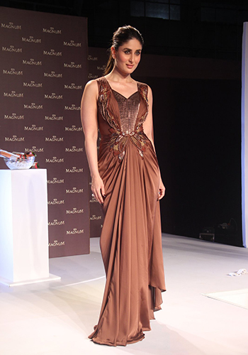 Kareena Kapoor Khan_Celebrity Style Feb 27_Hauterfly