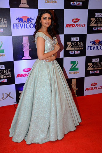 Parineeti_Chopra_Zee_Cine_Awards_Hauterfly