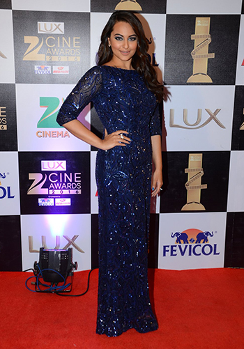 Sonakshi SInha_Celebrity Style Feb 27_Hauterfly