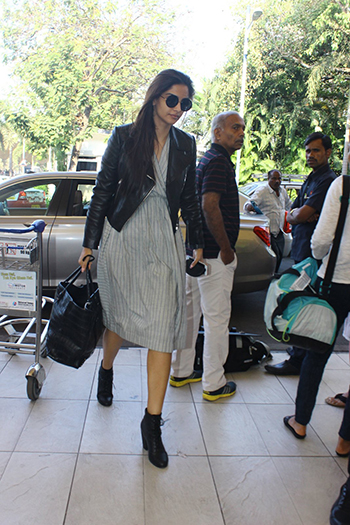 Sonam Kapoor's airport style's #onpoint