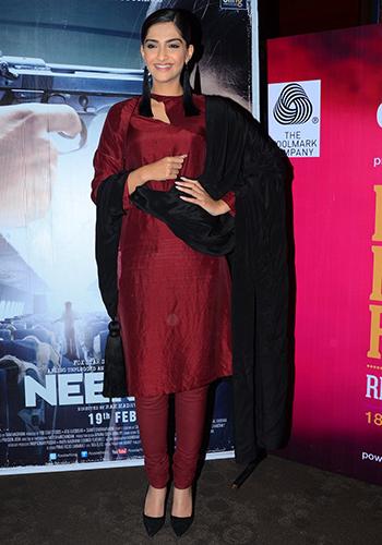 Sonam Kapoor 6_Celebrity Style Feb 27_Hauterfly