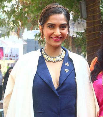 Sonam Kapoor Jewellery New 1_Hauterfly