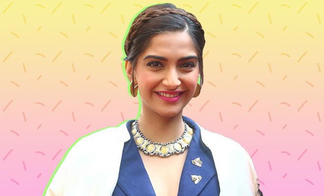 Sonam Kapoor Pink Lipstick_Hauterfly