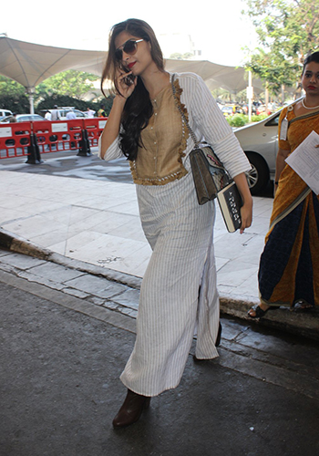 Sonam Kapoor_Celebrity Style Feb 27_Hauterfly
