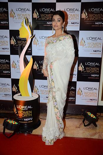 Aishwarya_Rai_Bachchan_Hauterfly