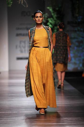 Anita Dongre Grassroot_Amazon India Fashion Week AW 16_Hauterfly