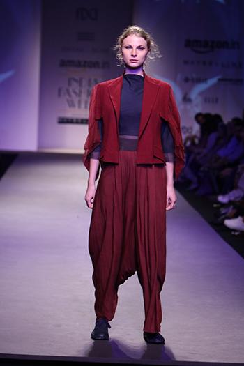 Antar-Agni _Amazon India Fashion Week Autumn Winter 2016_Hauterfly