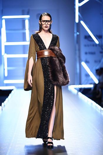 Dhruv Kapoor_Amazon India Fashion Week AW 16_Hauterfly