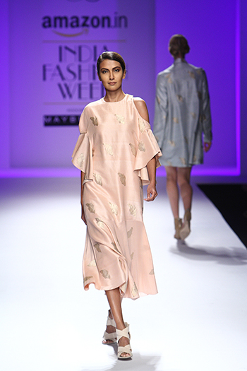 Dolly J_Amazon India Fashion Week AW 16_Hauterfly