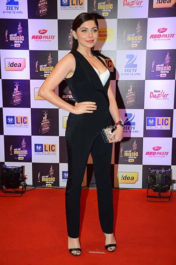 Kanika Kapoor_Week In Style March 5_Hauterfly
