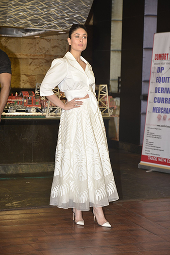 Kareena Kapoor Khan_Week In Style March 12_Hauterfly