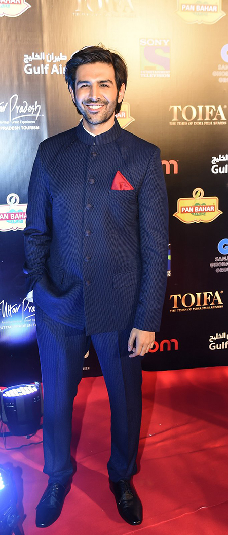 Kartik-Aryan_TOIFA-Red-Carpet-Dubai_Hauterfly