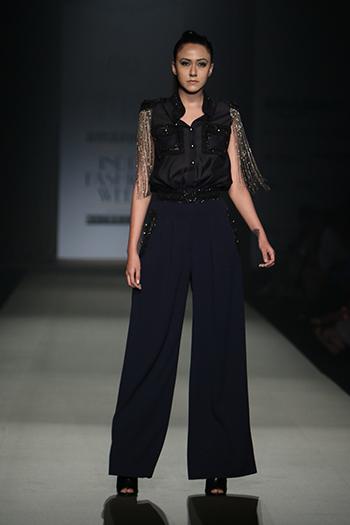 Pankaj & Nidhi _Amazon India Fashion Week AW 16_Hauterfly
