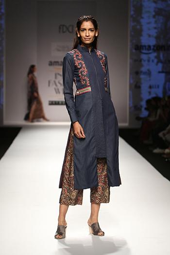 Pinnacle Shruti Sancheti _Amazon India Fashion Week AW 16_Hauterfly