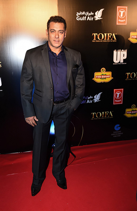 Salman-Khan_TOIFA-Red-Carpet-Dubai_Hauterfly