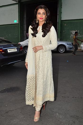 Aishwarya Rai Bachchan_Week In Style April 29_Hauterfly