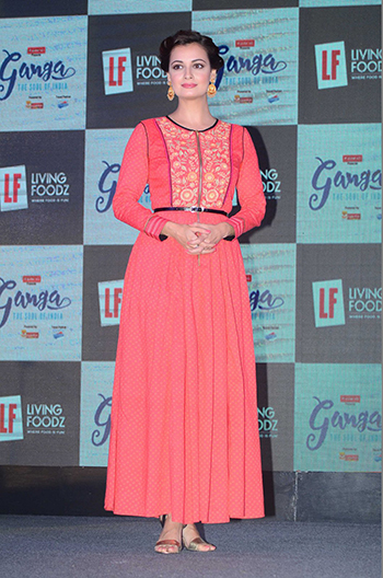 Dia Mirza_Week In Celebrity Style April 23_Hauterfly