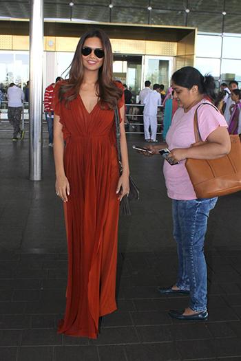 Esha Gupta_Week In Celebrity Style_April 9_Hauterfly